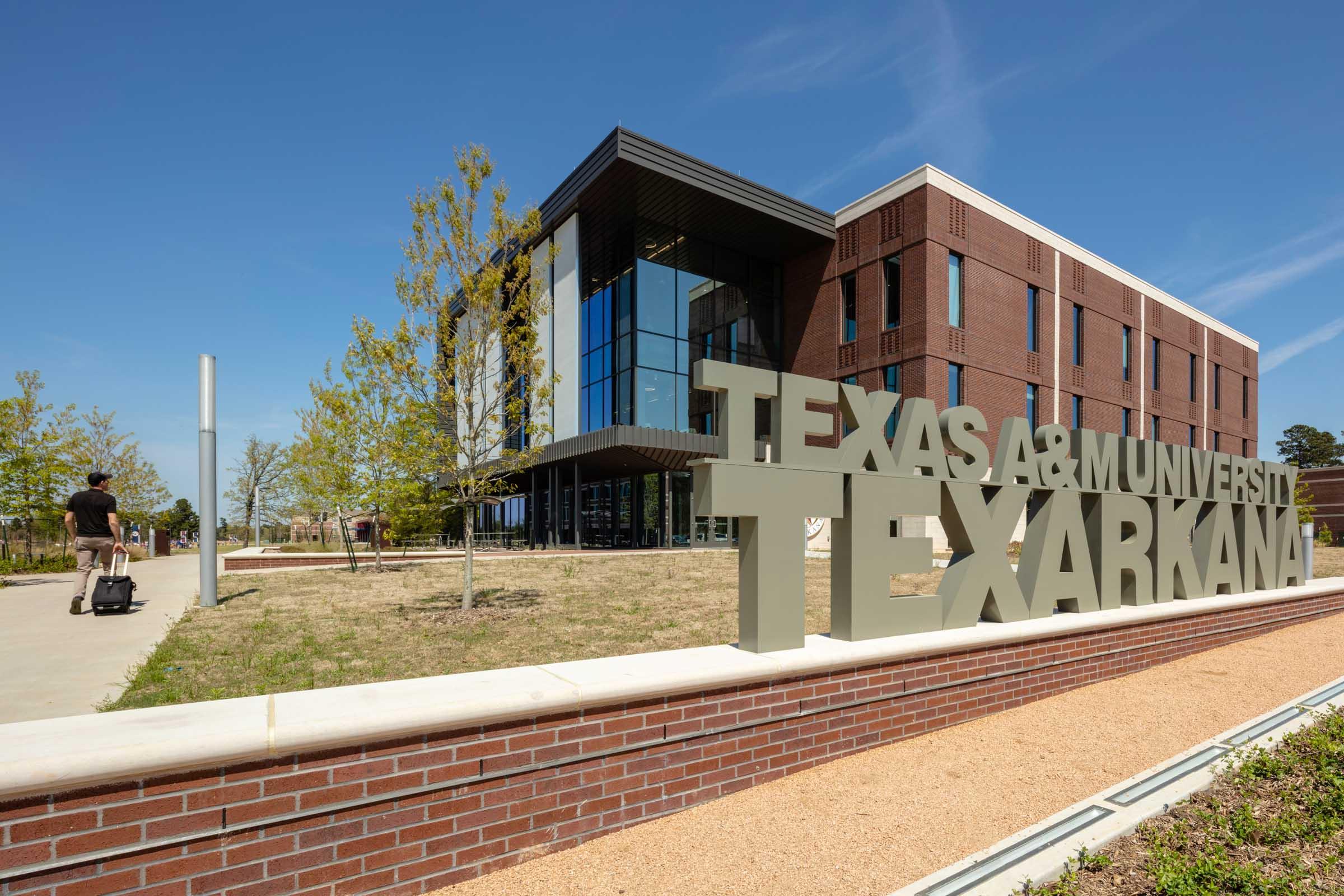 Texas A&M Texarkana Academic Facility