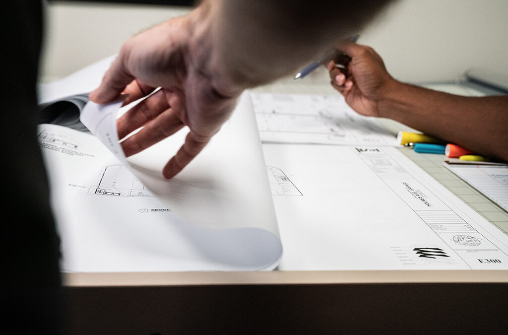 Contracts and Delivery Methods: Choosing the Most Valuable Options